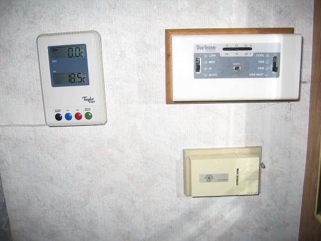 rv-bedieningspanelen-airco-verwarming.jpg